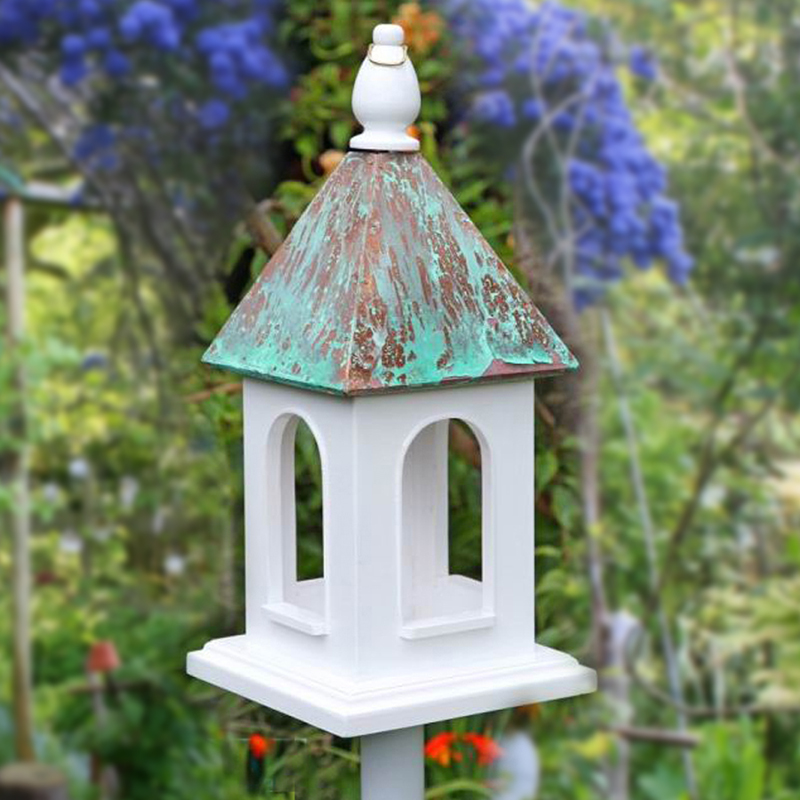 Wooden Birdfeeder with pole